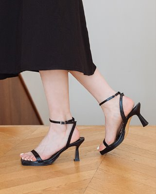 simply strap sandal hill_black